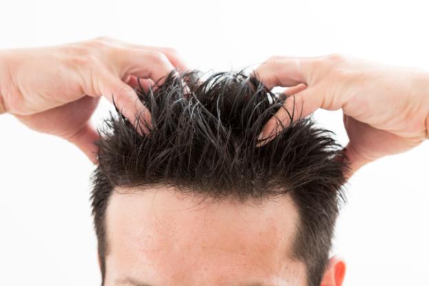 育毛剤に頭皮マッサージは効果ある?正しい方法をご紹介